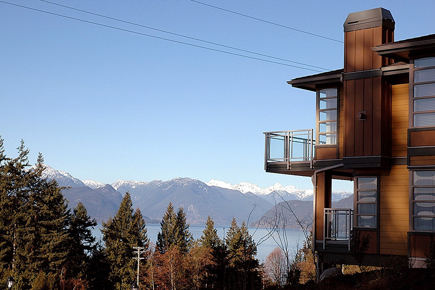 mountain view and top corner of luxury west vancouver townhomes
