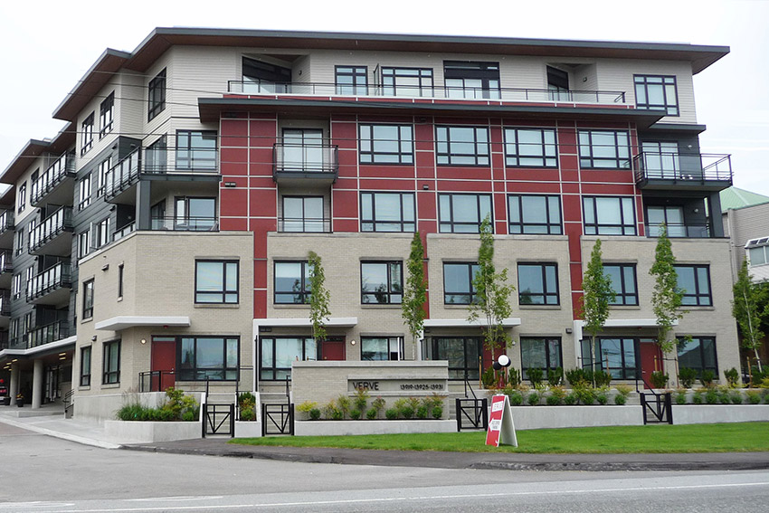5 story residential apartment complex
